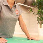 Saludo al sol en centro de yoga en Madrid en Clínicas H3