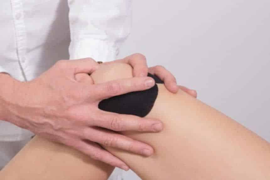 Movilización articular de rótila y vendaje para condropatía rotuliana